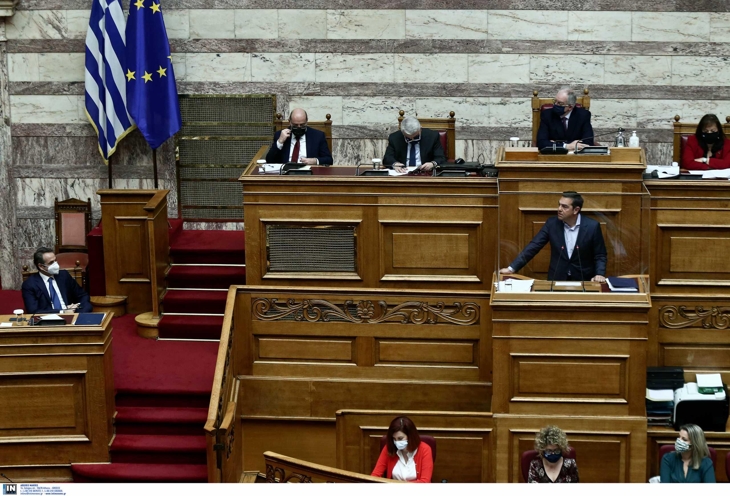 Μητσοτάκης: Να απαντήσεις αν κατηγορείς την κυβέρνηση ότι καλύπτει παιδεραστές - Τσίπρας: Διαχωρίζω την θέση μου από όσα ανεύθυνα γράφονται στα social media