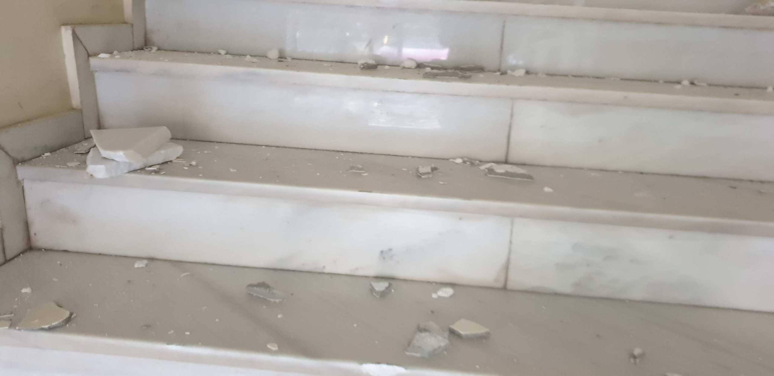 Βέροια: Κινηματογραφική εισβολή στο τελωνείο – Κατέβασαν και βούτηξαν το ασήκωτο χρηματοκιβώτιο (pics)