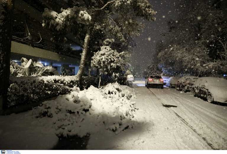 Κακοκαιρία Μήδεια: Τρίτο κύμα από τα μεσάνυχτα – Δύσκολη νύχτα με περιοχές της Αθήνας στο «σκοτάδι»