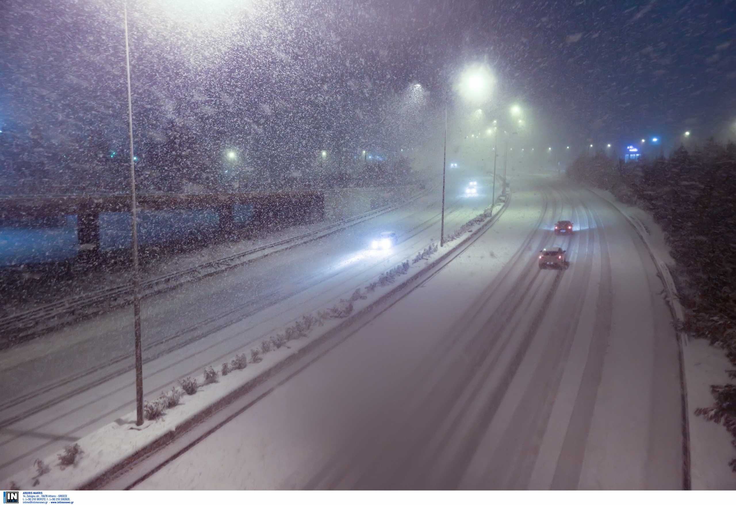 Καιρός σήμερα: Στην κατάψυξη όλη η χώρα – Χιονοθύελλες μέχρι 10 μποφόρ