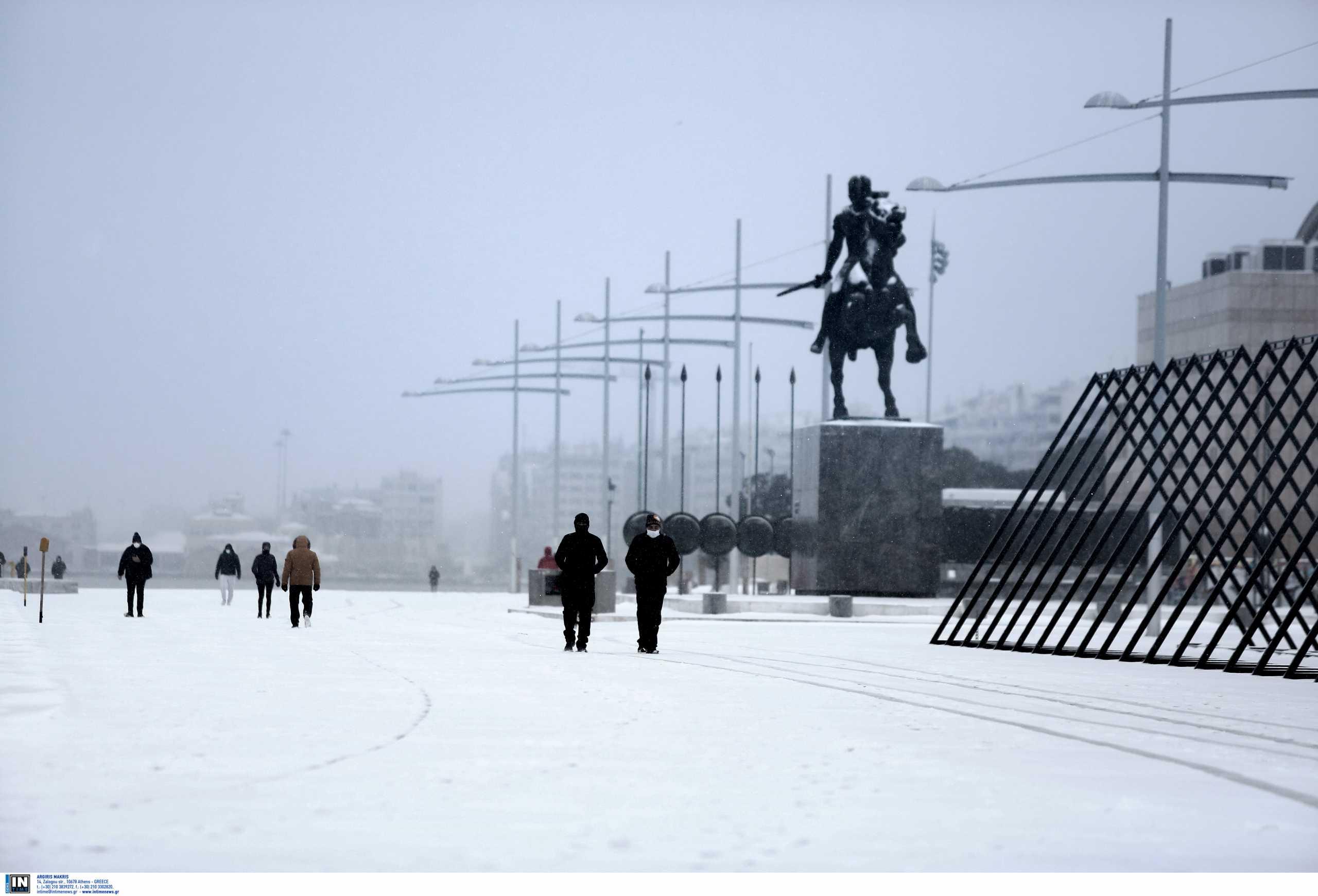 Καιρός – Kακοκαιρία Μήδεια: Πολικές θερμοκρασίες και κάτασπρα τοπία – Πότε καταφτάνει ο χιονιάς στην Αττική