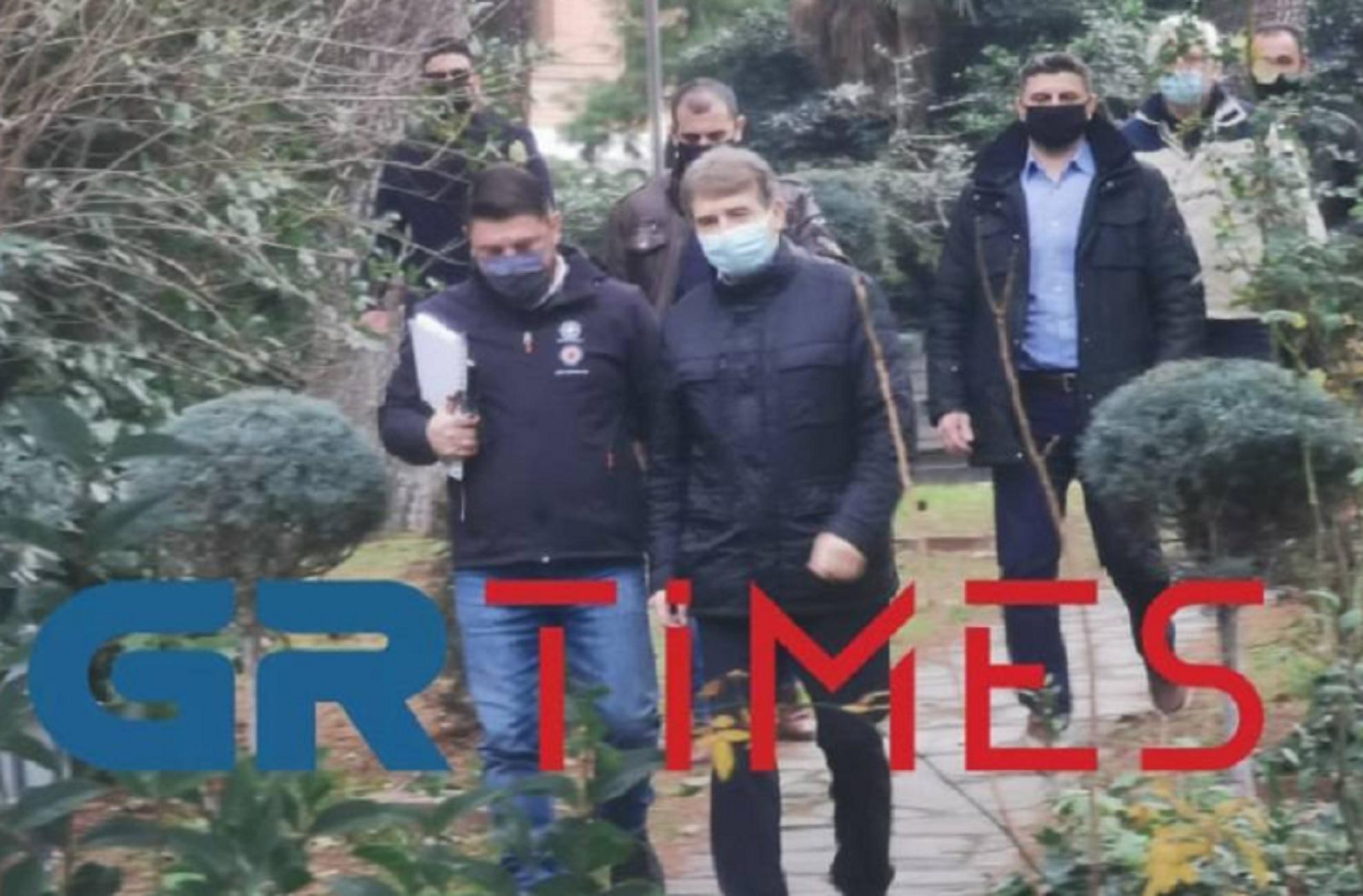 Θεσσαλονίκη – Κορονοϊός: Κρίσιμη έκτακτη σύσκεψη με Χαρδαλιά και Χρυσοχοϊδη – Η ώρα των αποφάσεων (video)