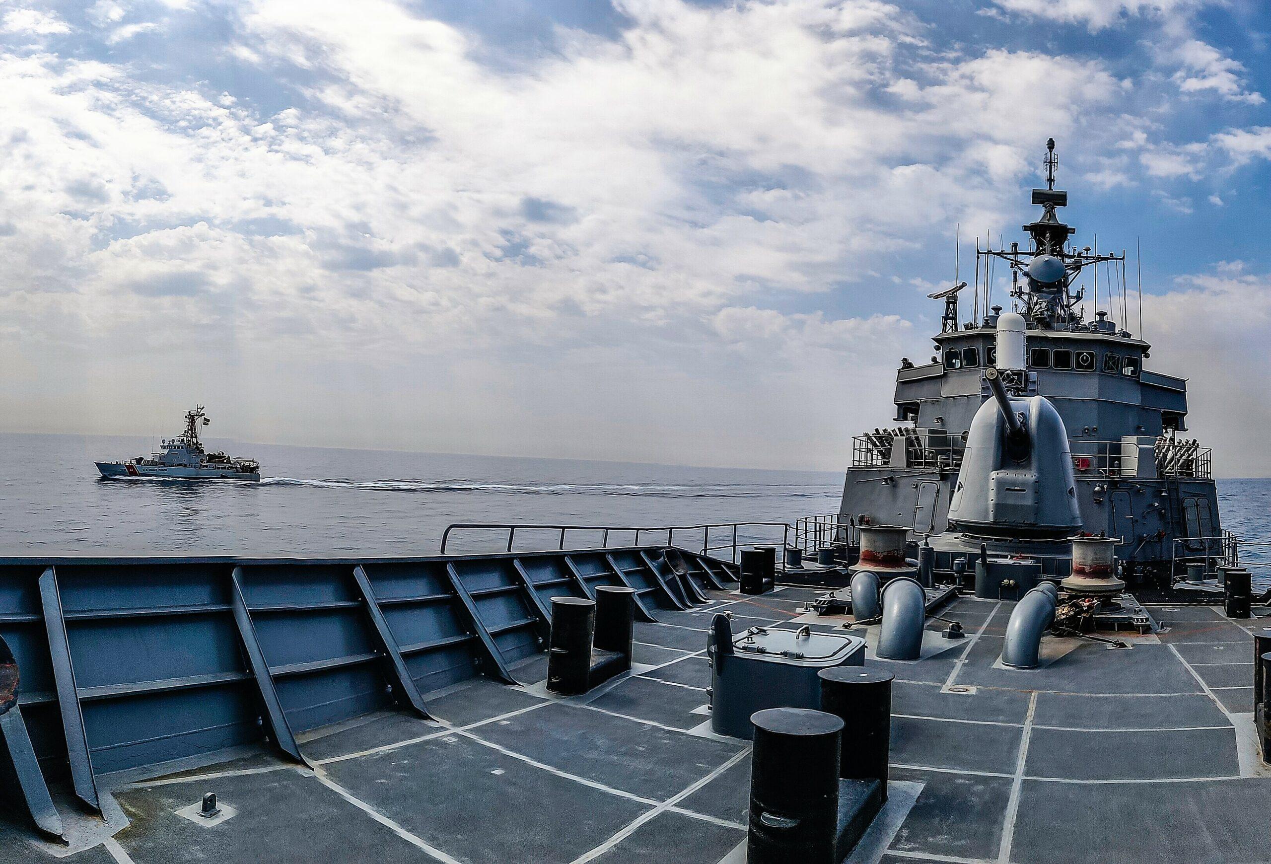 Ασταμάτητη η φρεγάτα «ΥΔΡΑ» σε συνεκπαίδευση με ναυτικές δυνάμεις των ΗΠΑ [pics]