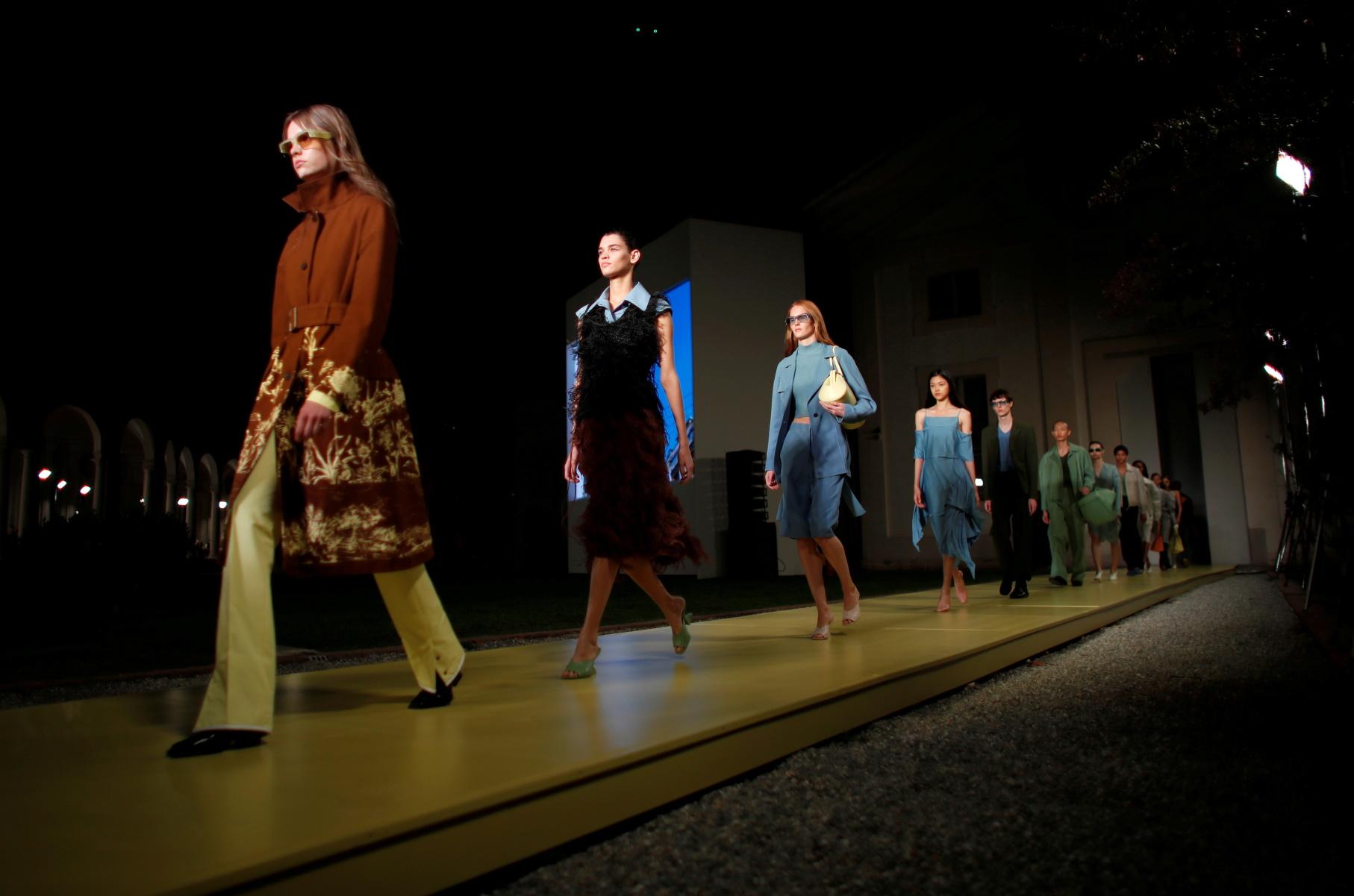 Ferragamo: Πηγή έμπνευσης τα κοστούμια στην ταινία «Gattaca» (pics, vid)