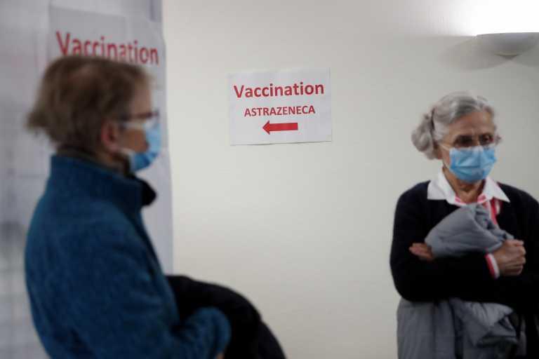 Γαλλία: Οι ηλικιωμένοι που έχουν εμβολιαστεί θα μπορούν να βγαίνουν από τους οίκους ευγηρίας