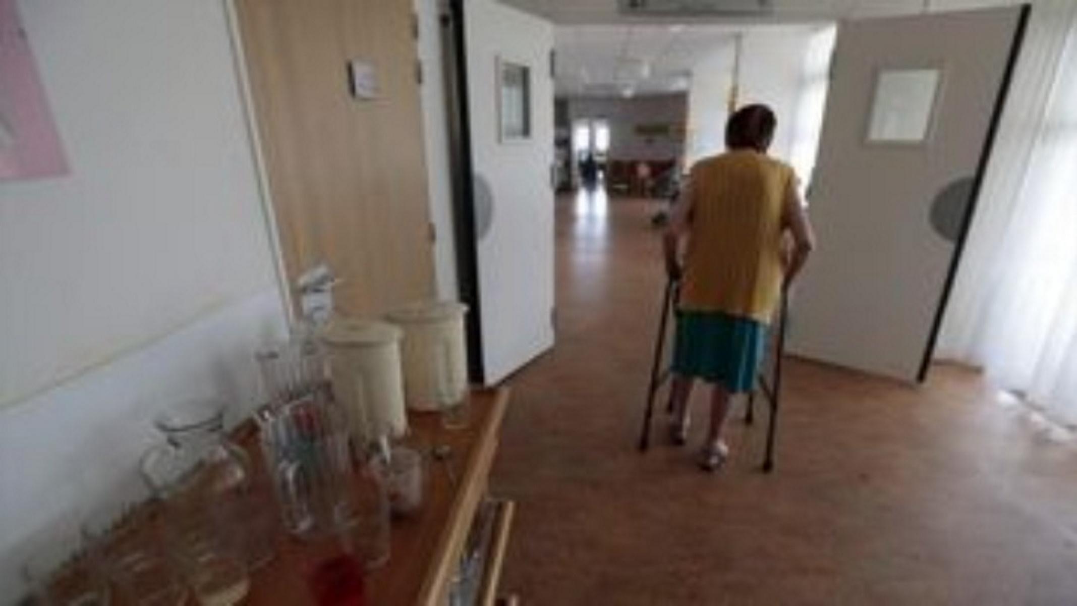 Κορονοϊός – Λέσβος: Διασπορά δεκάδων κρουσμάτων από γηροκομείο