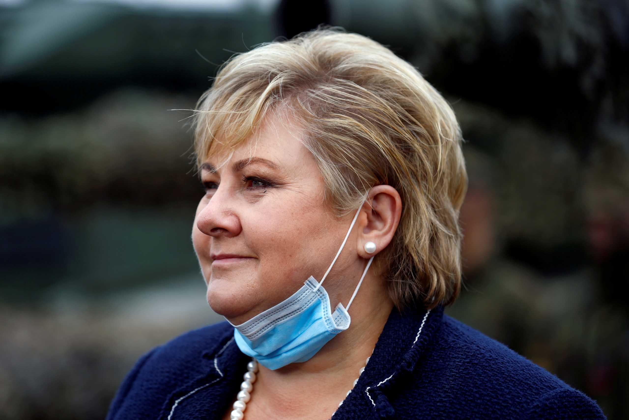 Η πρωθυπουργός της Νορβηγίας έκανε κορονο-πάρτι για τα γενέθλιά της και το πληρώνει