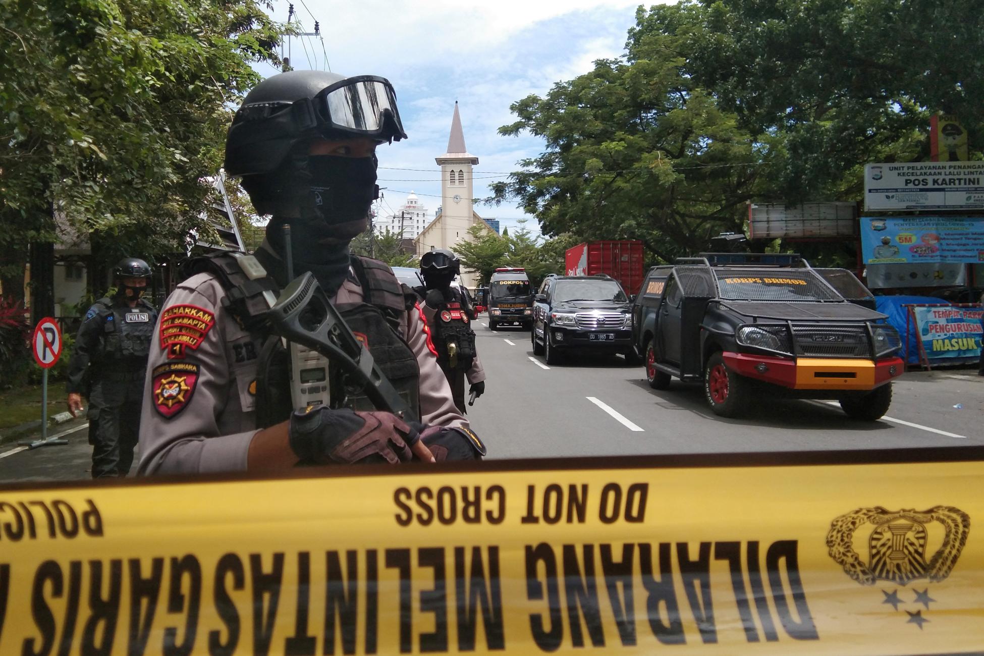 Ινδονησία: 14 τραυματίες από τη βομβιστική επίθεση αυτοκτονίας σε εκκλησία