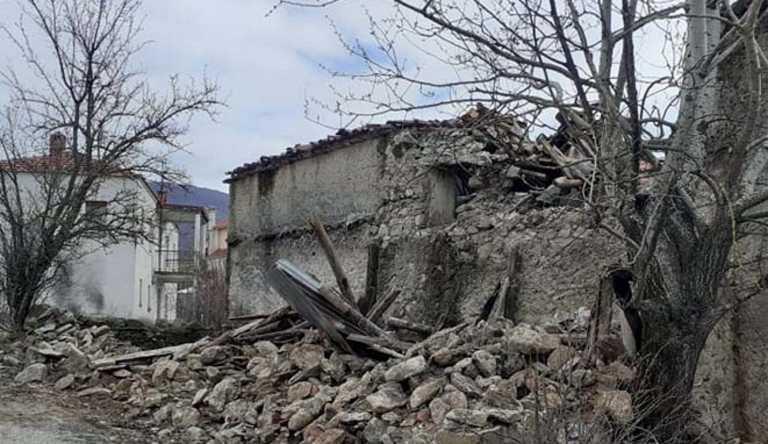 Καλαμπάκα: Ράγισαν πάνω από 50 σπίτια στην περιοχή των Τυμφαίων (pics)