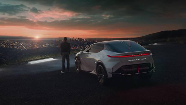 H Lexus μας δείχνει το μέλλον της με ξεχωριστό πρωτότυπο (video)
