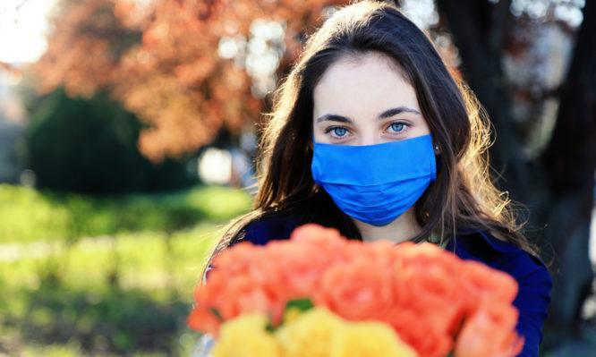 Κορονοϊός: Από ποιο ανοιξιάτικο πρόβλημα μας προστατεύει η πανδημία