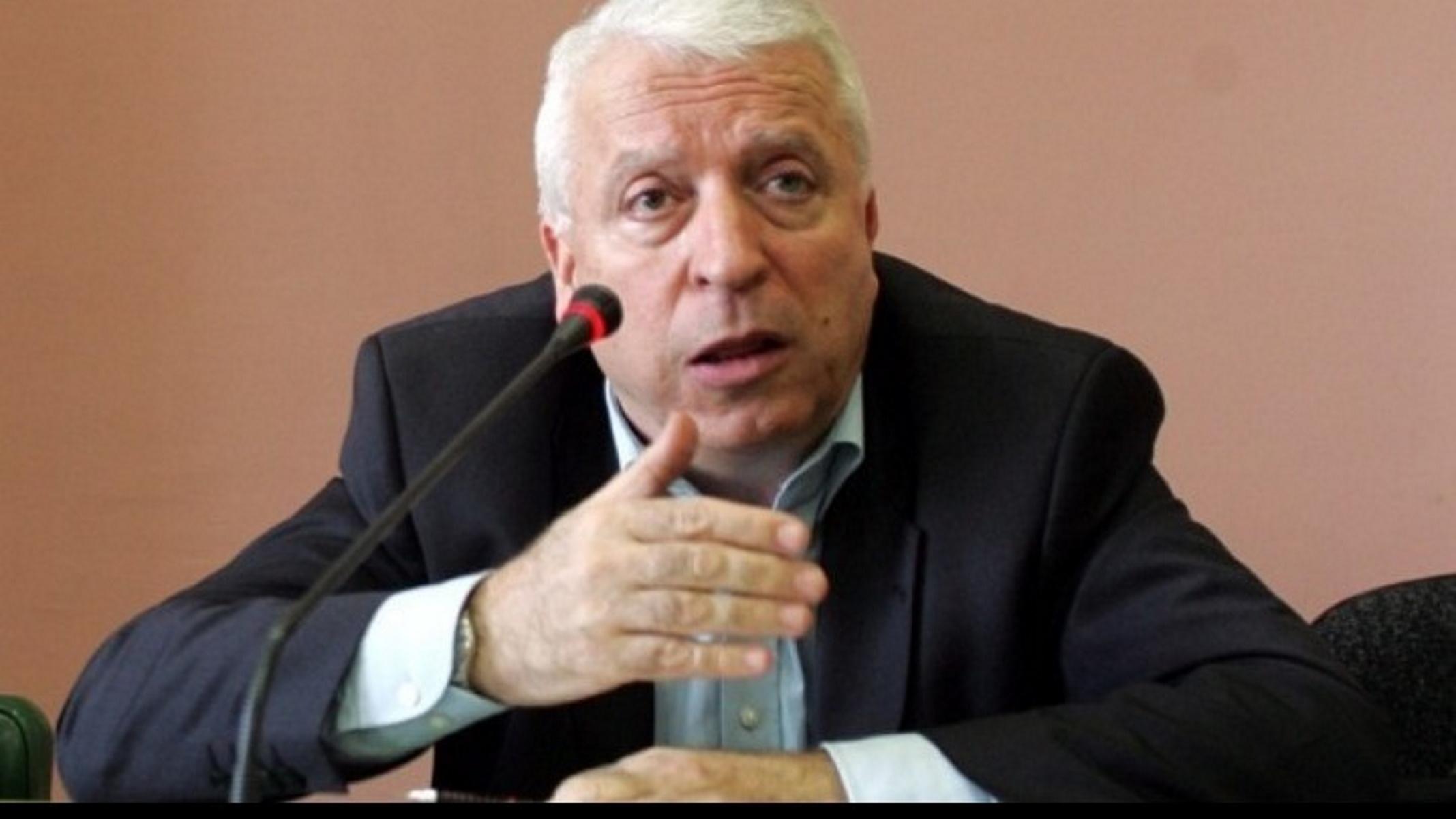 Μυτιλήνη: «Αντάρτικο» από τον περιφερειάρχη Βορείου Αιγαίου – Αρνήθηκε να δει την Ευρωπαία Επίτροπο
