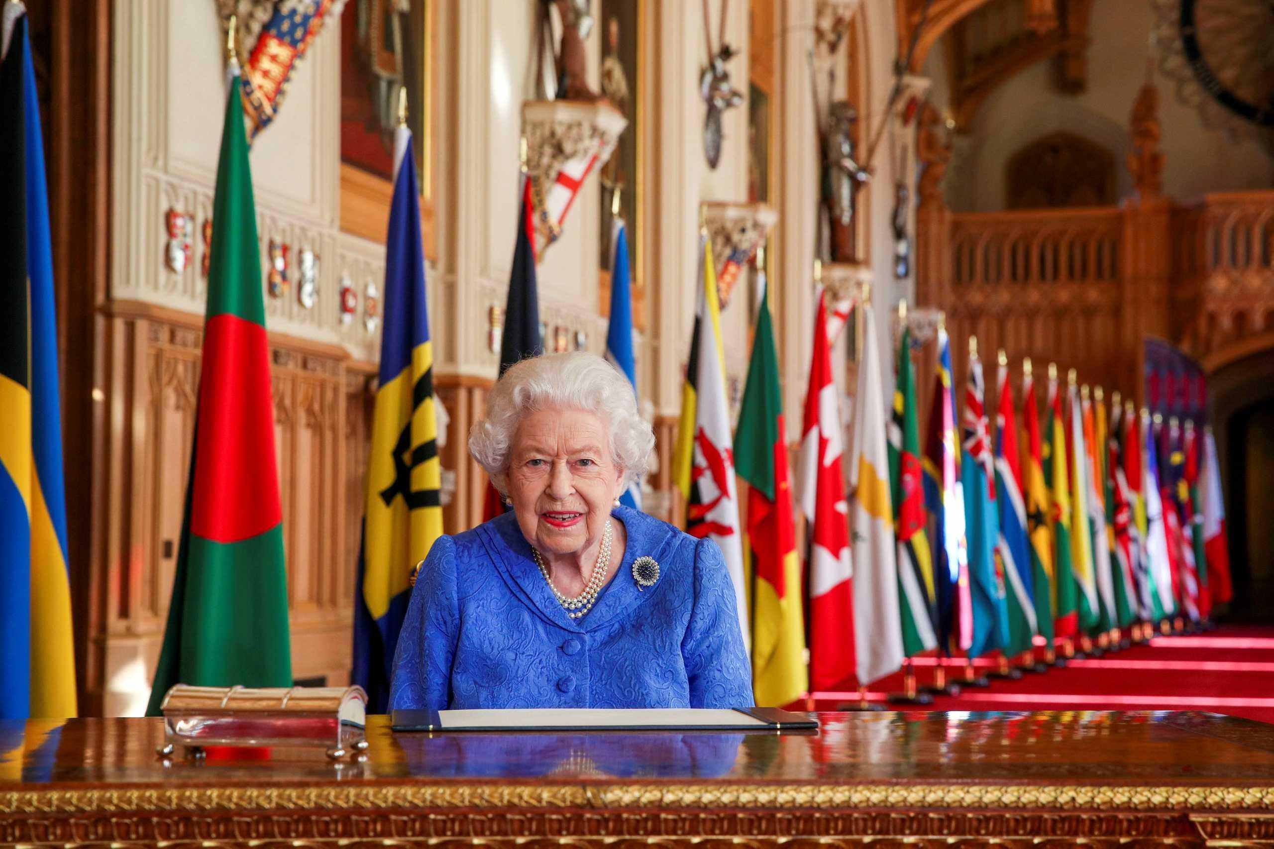 Βασίλισσα Ελισάβετ: Τα είπε στους Βρετανούς για να τ' ακούσουν ο Χάρι και η Μέγκαν