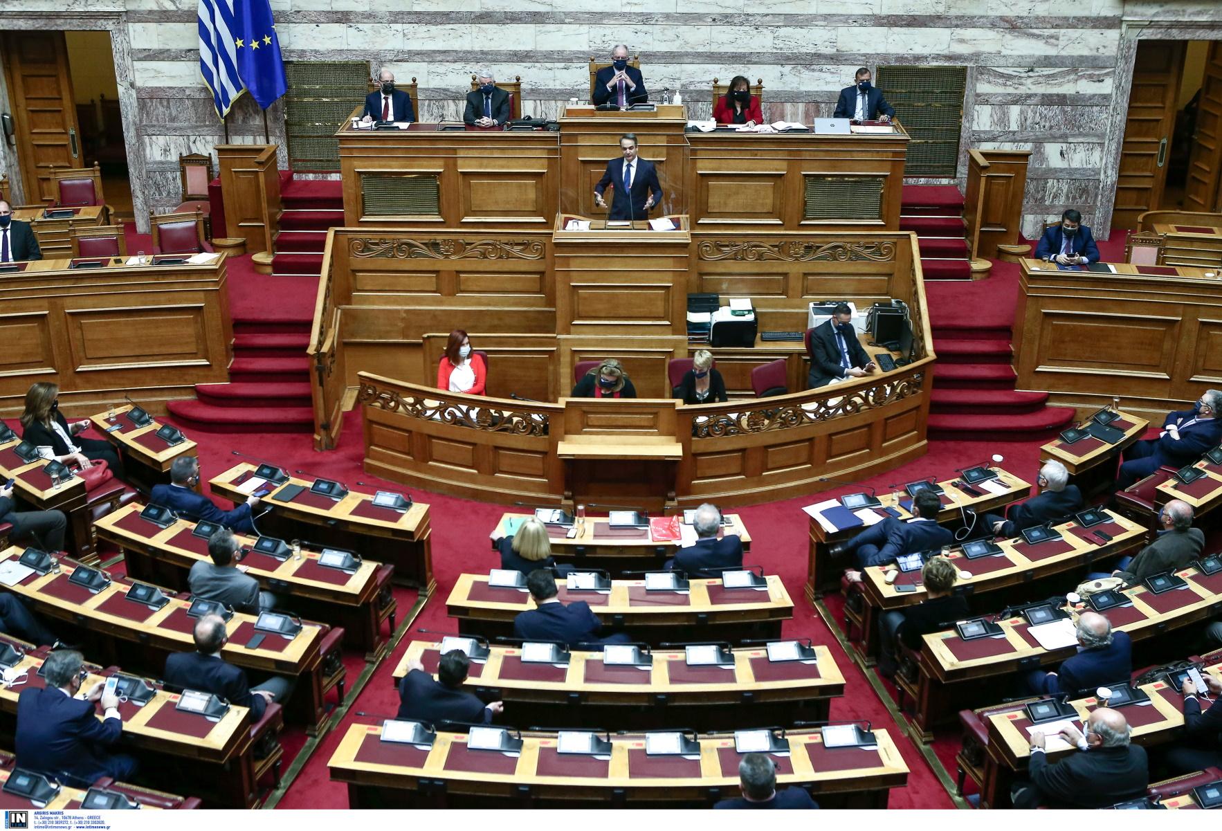 Κορονοϊός – Βουλή: Μόνο 10 βουλευτές δεν έχουν εμβολιαστεί