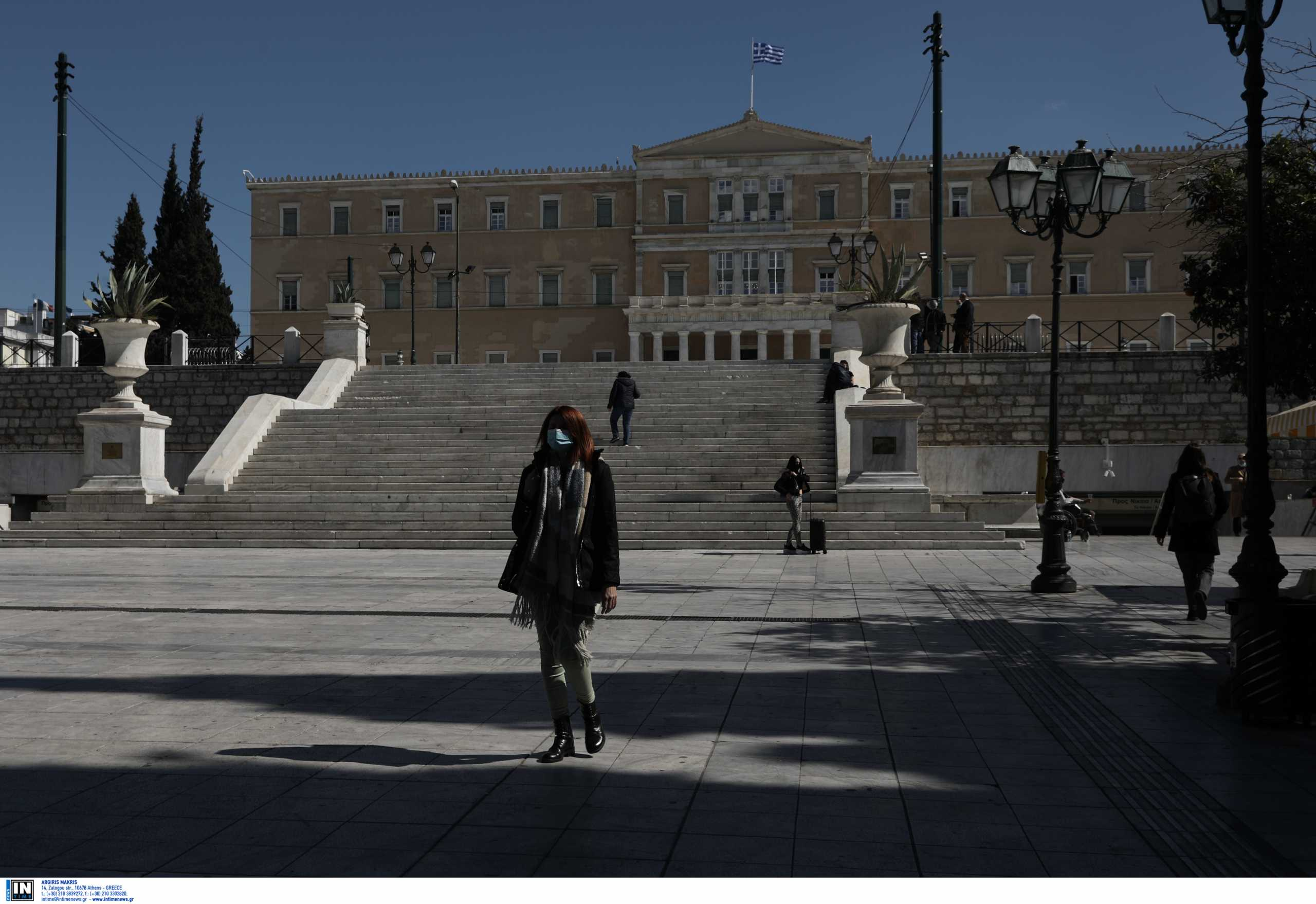 Μαίνεται ο κορονοϊός σε Αττική και Θεσσαλονίκη – Πού εντοπίζονται τα νέα κρούσματα