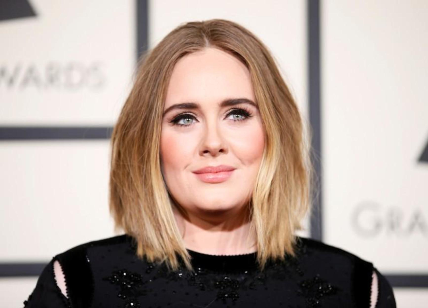 Βρετανία: Η Adele ανακηρύχτηκε κορυφαία καλλιτέχνιδα του αιώνα