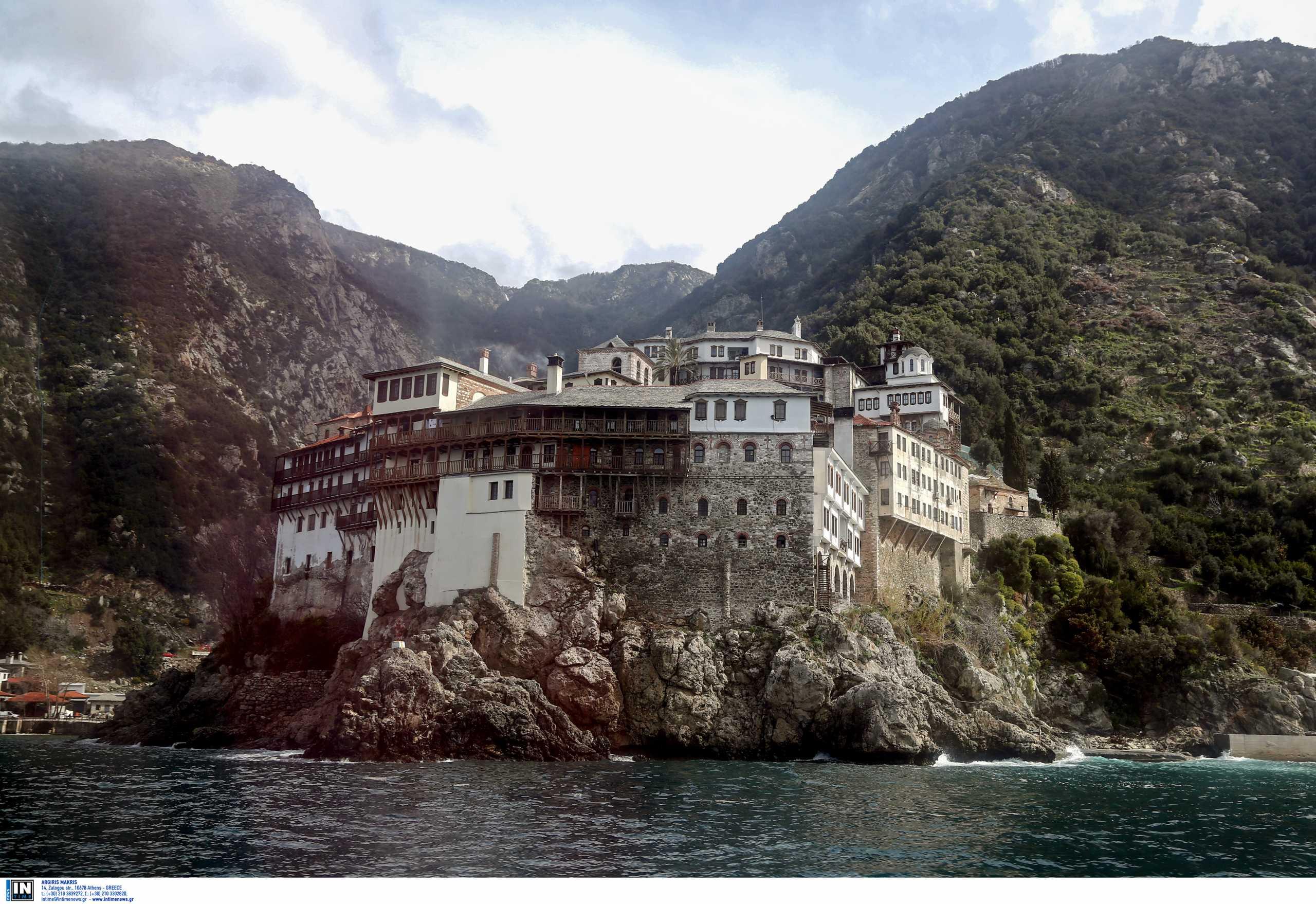 Άγιο Όρος: Παρατείνεται η απαγόρευση επισκέψεων μέχρι τις 10 Μαΐου