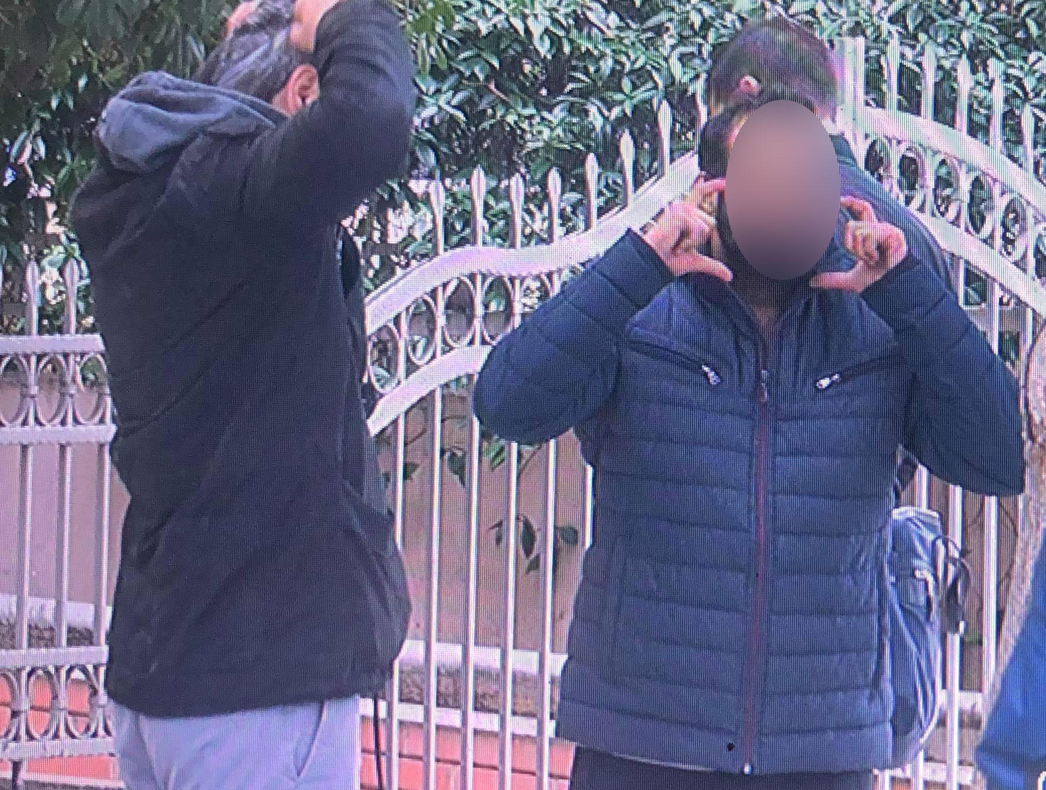 Θεσσαλονίκη: Λήξη συναγερμού με τον 30χρονο που απειλούσε να αυτοκτονήσει στην Καλαμαριά (pic, vid)