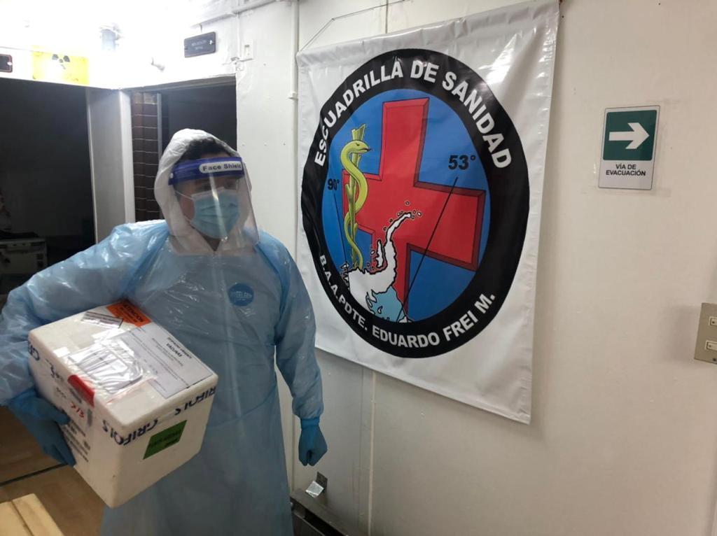 Το εμβόλιο κατά του κορονοϊού έφτασε… Ανταρκτική (pics)