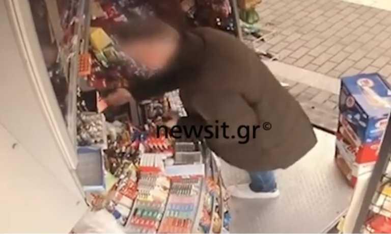 """Βίντεο – ντοκουμέντο: Πώς έπιασαν τον άνθρωπο """"φάντασμα"""" που αναζητούσαν για δύο δεκαετίες"""