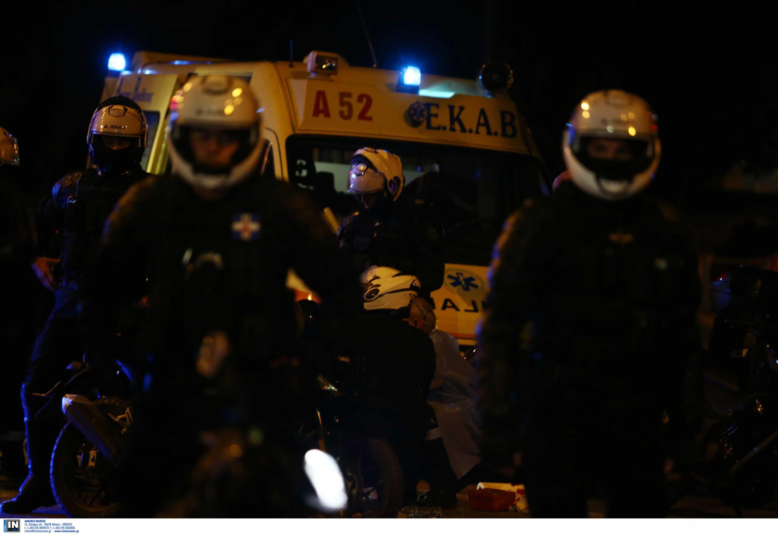 Νέα Σμύρνη: Τέσσερις συνολικά οι τραυματίες αστυνομικοί – Στο 401 ΓΣΝΑ η ηγεσία της ΕΛΑΣ
