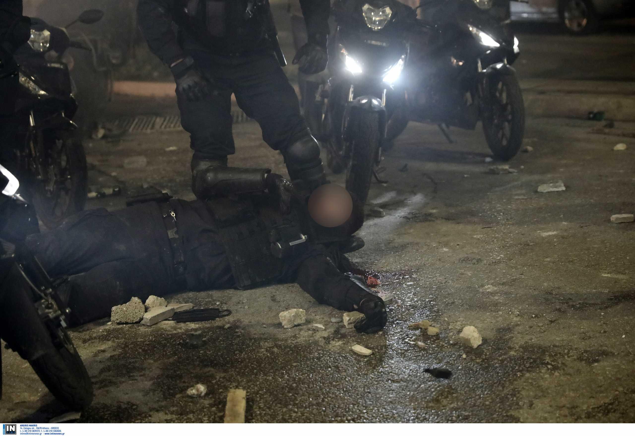 Νέα Σμύρνη: Καταδικάζει τον βαρύ τραυματισμό του αστυνομικού ο πρόεδρος του ΔΣΑ