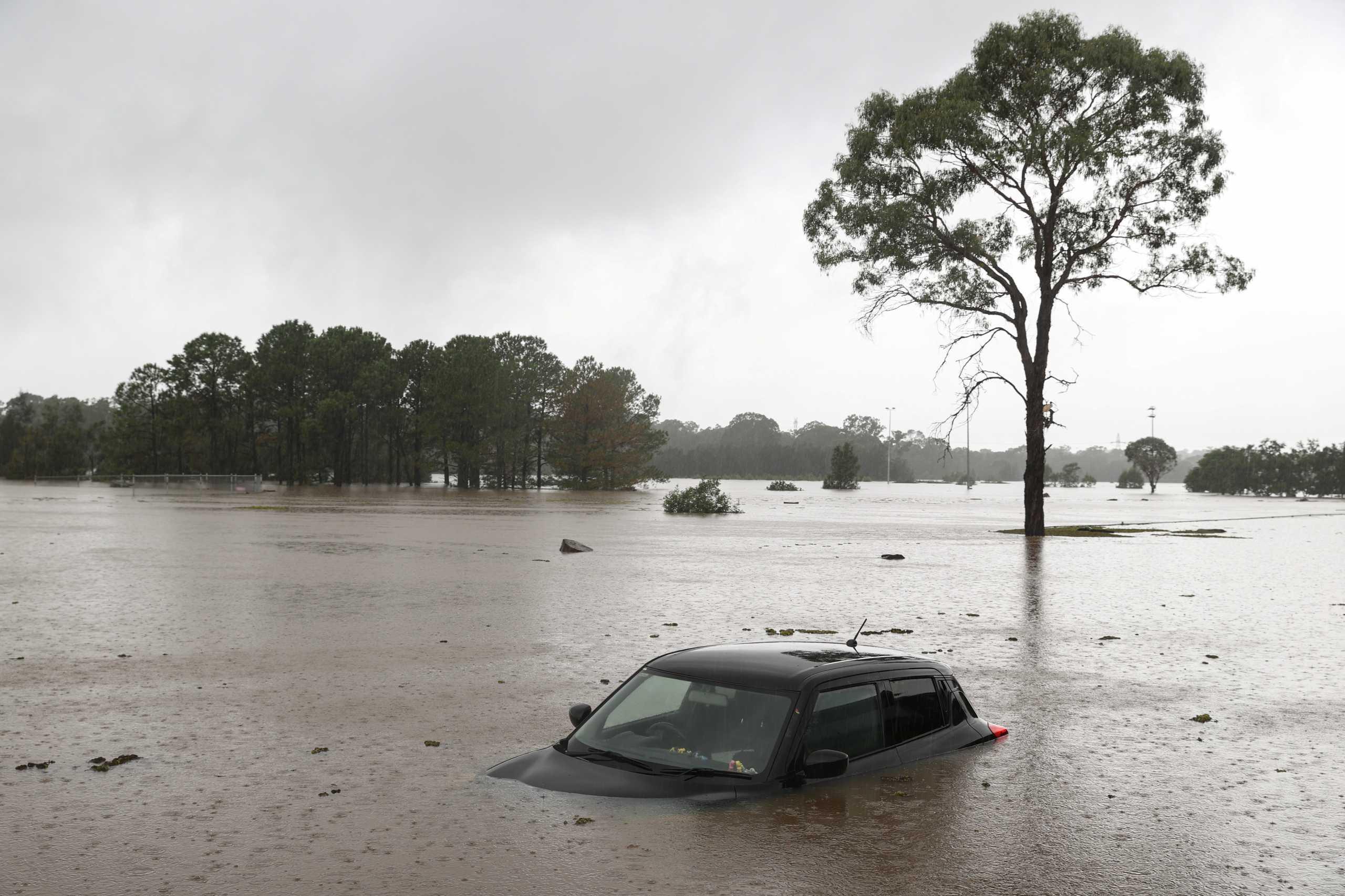 Αυστραλία: Οι χειρότερες πλημμύρες των τελευταίων 60 ετών αφήνουν χιλιάδες άστεγους στο Σίδνεϊ