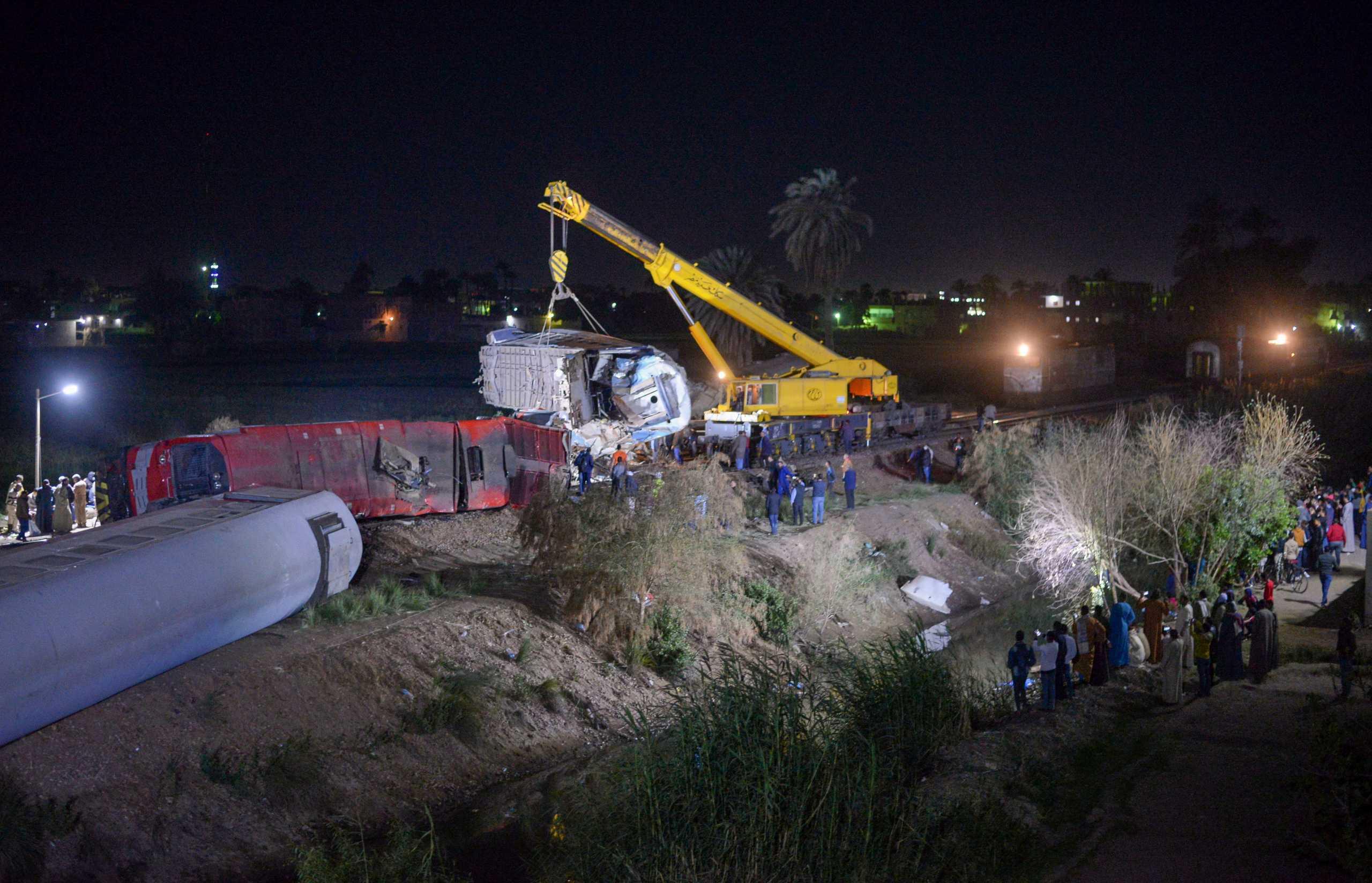 Αίγυπτος: Οκτώ άνθρωποι συνελήφθησαν για το πολύνεκρο σιδηροδρομικό δυστύχημα