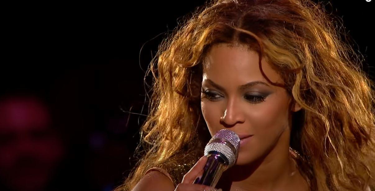 H Beyonce τραγουδά για 13χρονη θαυμάστρια της που έχασε τη ζωή της λόγω όγκου εγκεφάλου (vid)