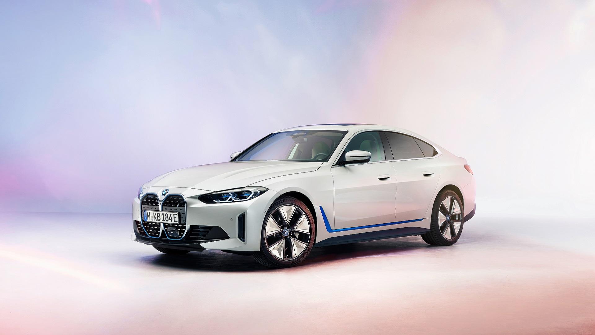 Αποκαλυπτήρια για την ηλεκτρική BMW i4 (video)