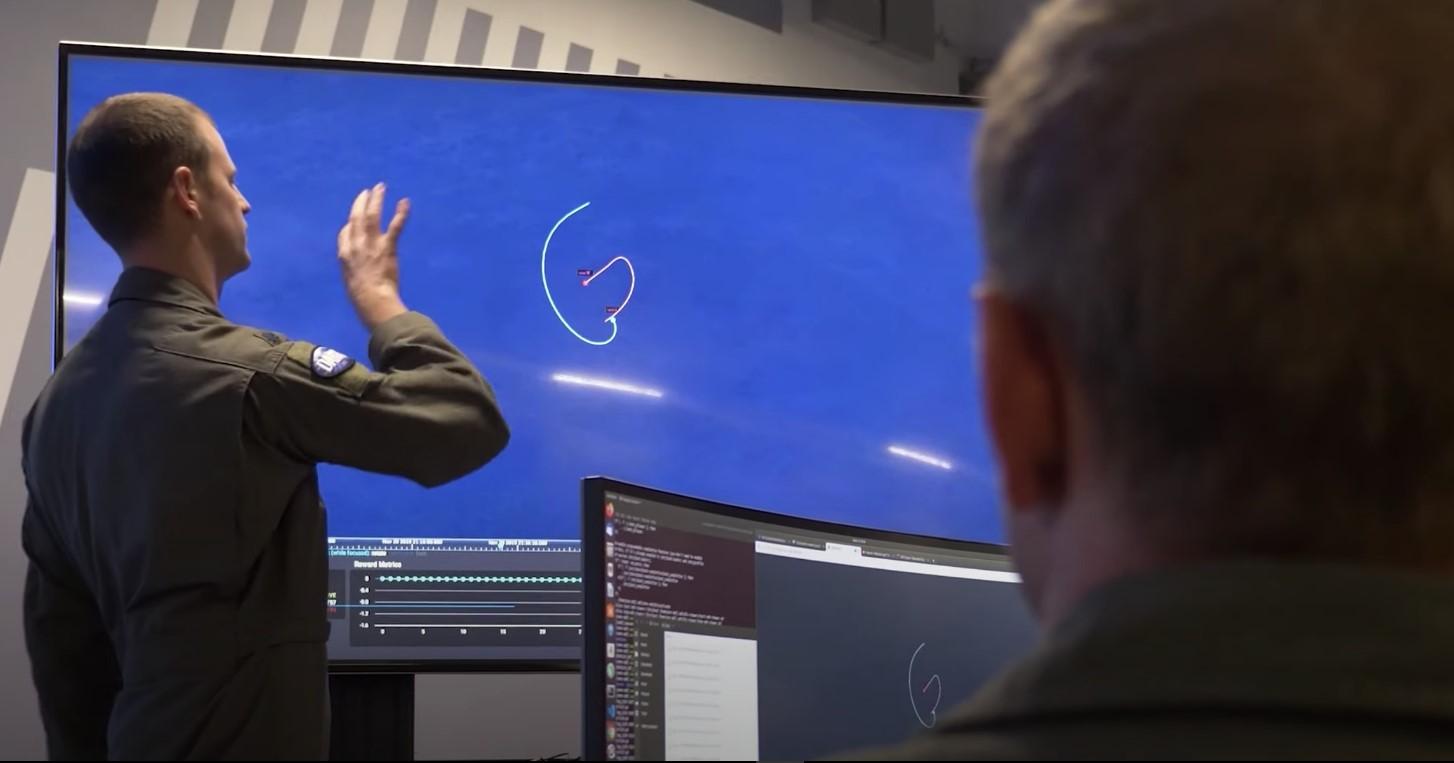 Απίστευτο πείραμα των ΗΠΑ: Βάζοντας την τεχνητή νοημοσύνη στη θέση πιλότου μαχητικού F-16 [vid]