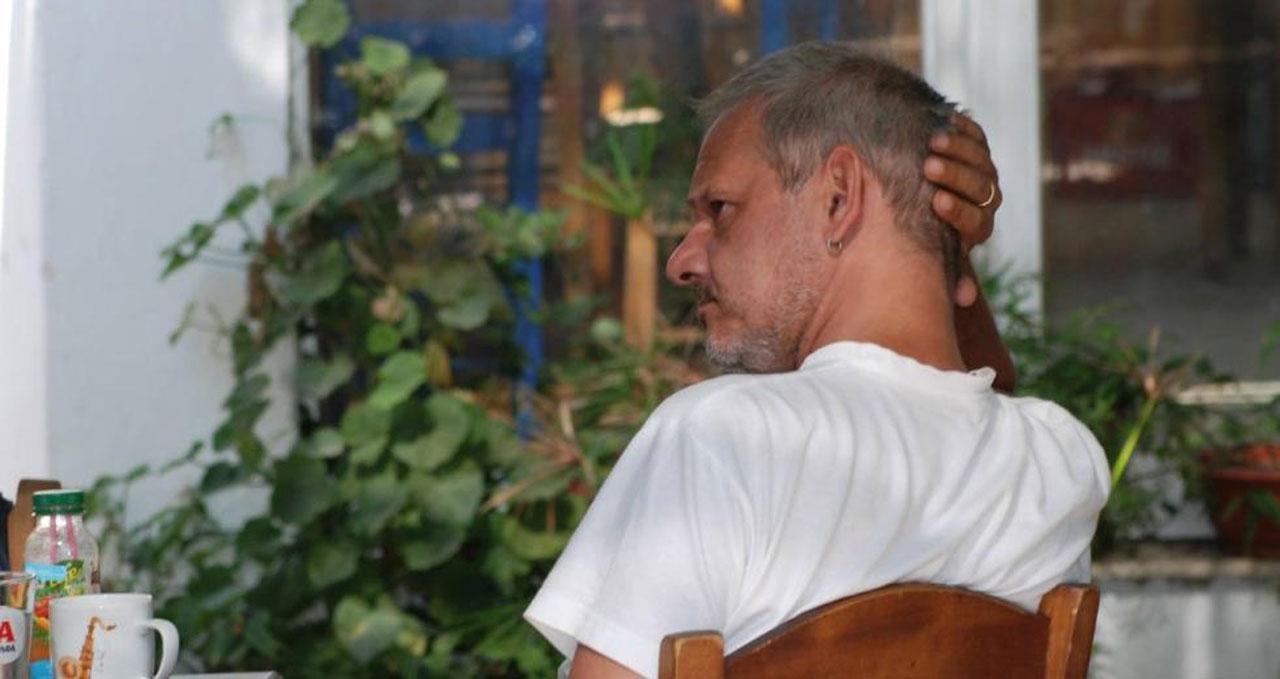 Πέθανε ξαφνικά ο Δημήτρης Φωτόπουλος – Θλίψη για το θάνατο του γνωστού Art Director