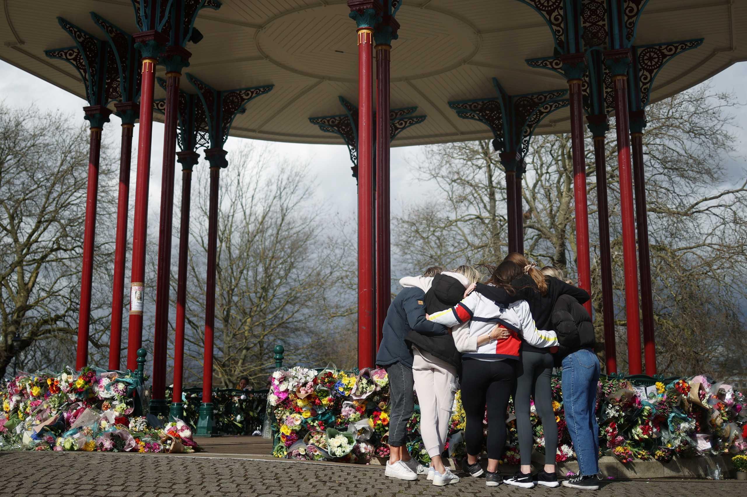 Βρετανία: Υπό κράτηση ο αστυνομικός που κατηγορείται για την δολοφονία 33χρονης