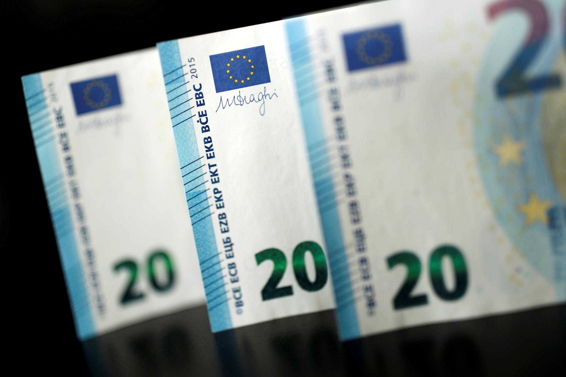 Μεγάλη ζήτηση για τα 5ετή και 30ετή ομόλογα: Στα 14 δισ. ευρώ οι προσφορές