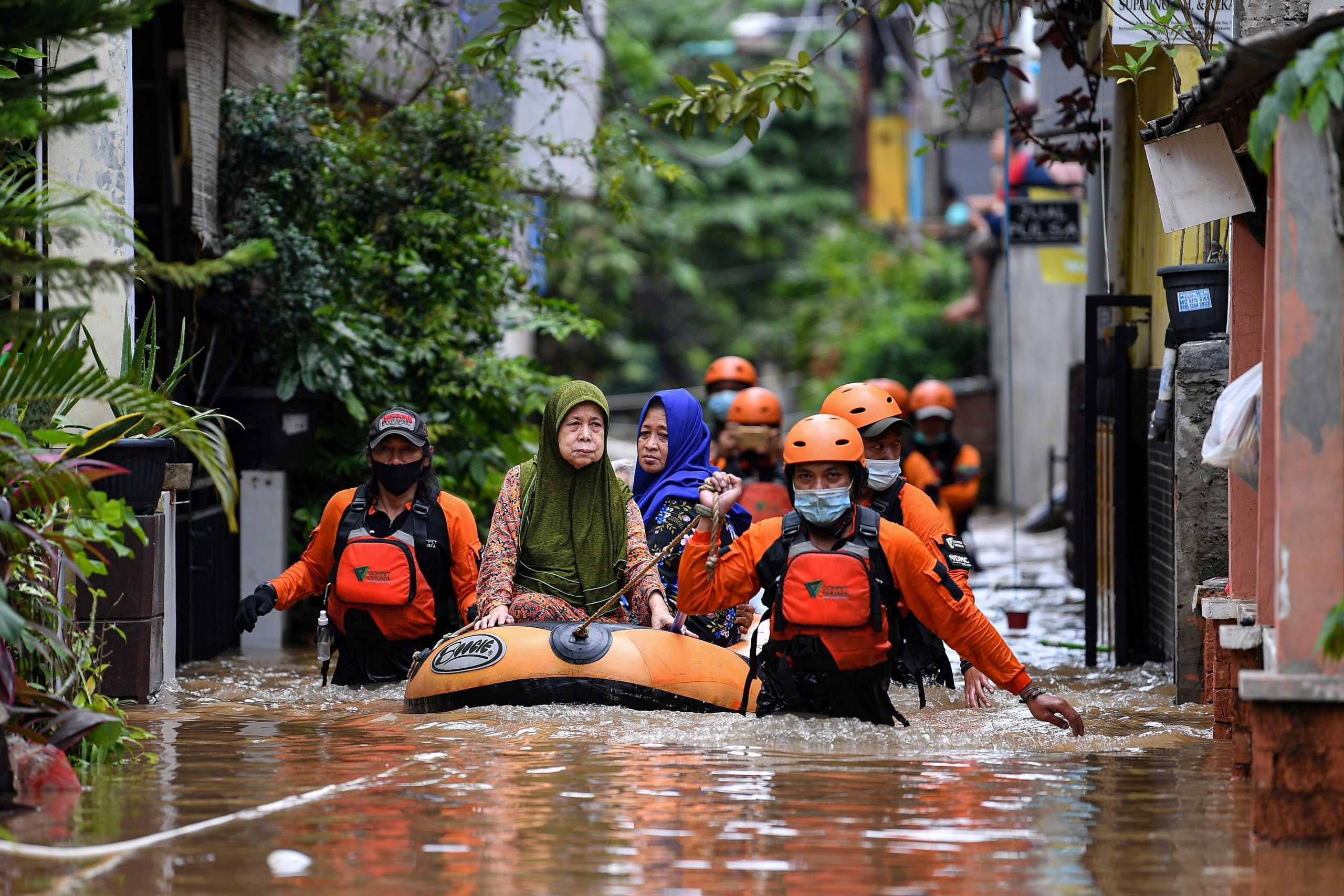 Κλιματική αλλαγή: Πλημμύρες και ξηρασίες εκτόπισαν πάνω από 10 εκατ. ανθρώπους σε 6 μήνες