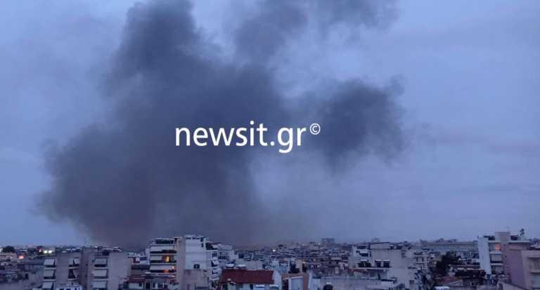 Φωτιά στον Ελαιώνα – Μεγάλος καπνός σε ακτίνα χιλιομέτρων (pics)