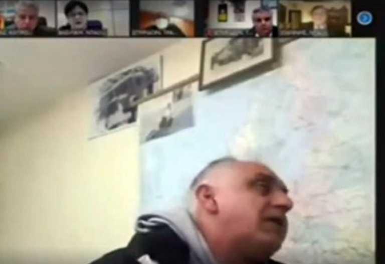 Αιτωλοακαρνανία: Τα μπινελίκια πήγαν «σύννεφο» στο δημοτικό συμβούλιο Ναυπακτίας