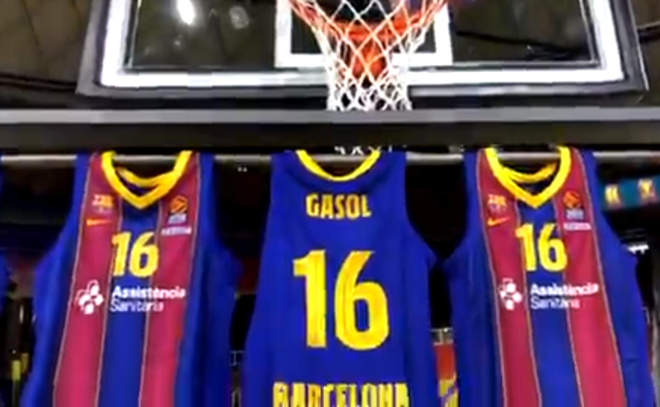 Η Μπαρτσελόνα παρουσίασε τον Γκασόλ κι ο Ισπανός φόρεσε ξανά τη φανέλα της μετά από 20 χρόνια (videos)