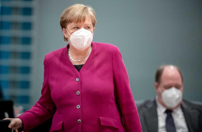 Γερμανία: Καταποντίζεται η δημοτικότητα του κόμματος της Μέρκελ