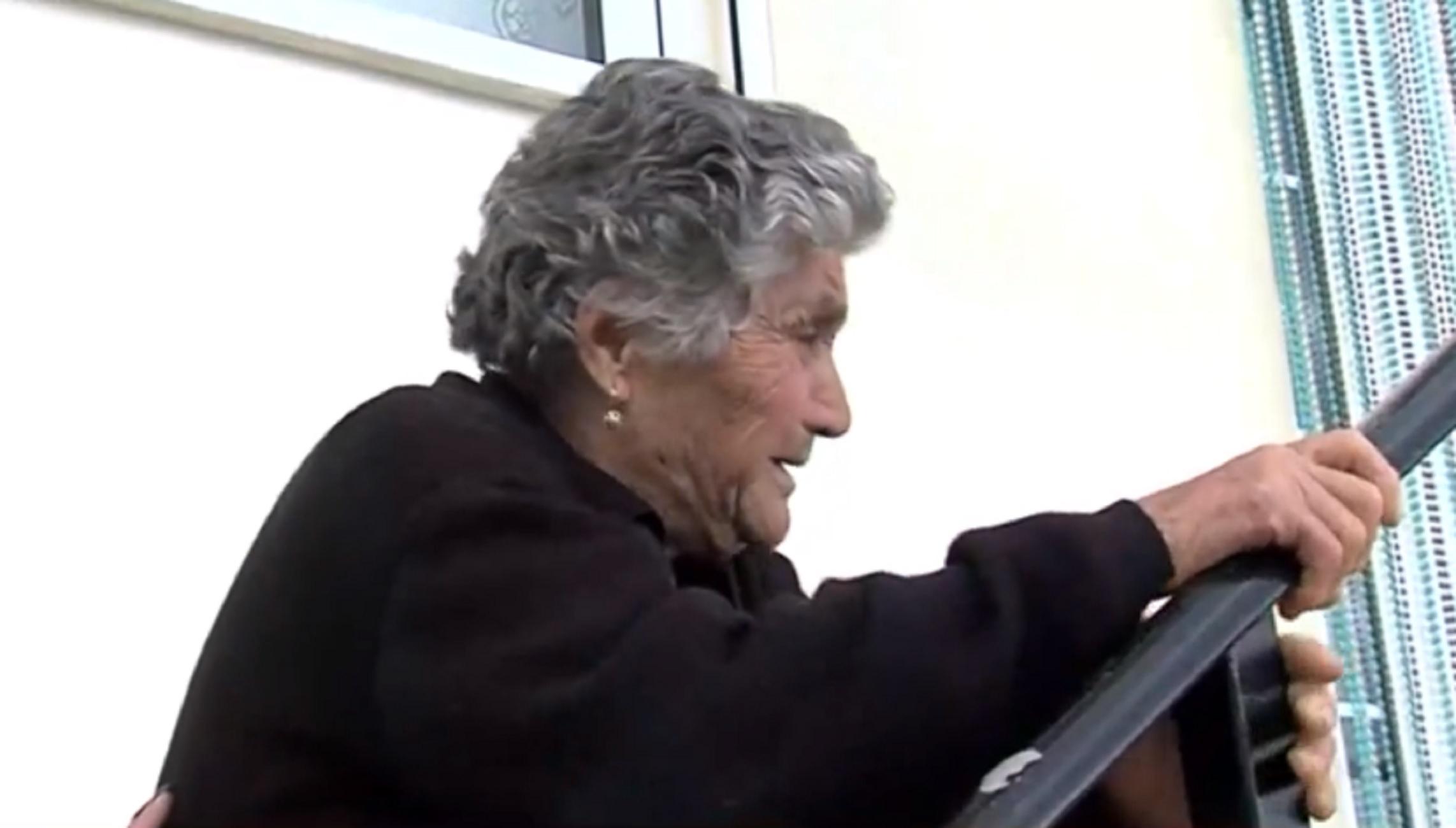 Κρήτη: To σπαρακτικό έθιμο πριν την κηδεία του μικρού Ζαχαρία – Βαφτίζεται η μικρή αδερφή του (video)