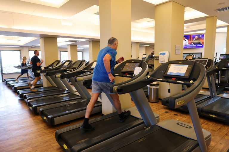 Κορονοϊός – Έρευνα: Ασφαλής η χρήση μάσκας στα γυμναστήρια