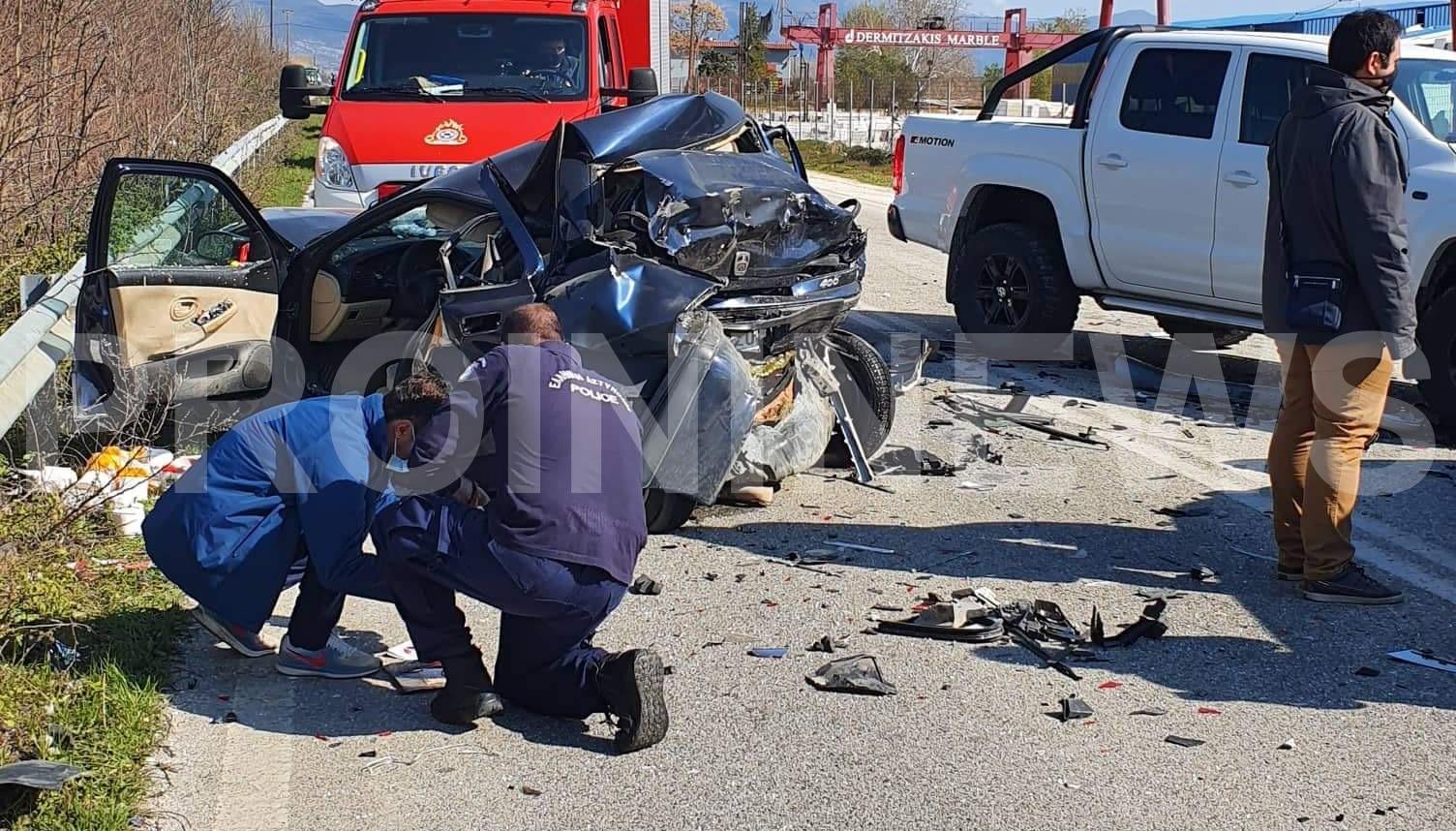 Καβάλα: Φονική καραμπόλα με ένα νεκρό και τρεις τραυματίες – Αυτοψία στο σημείο της τραγωδίας (pics)