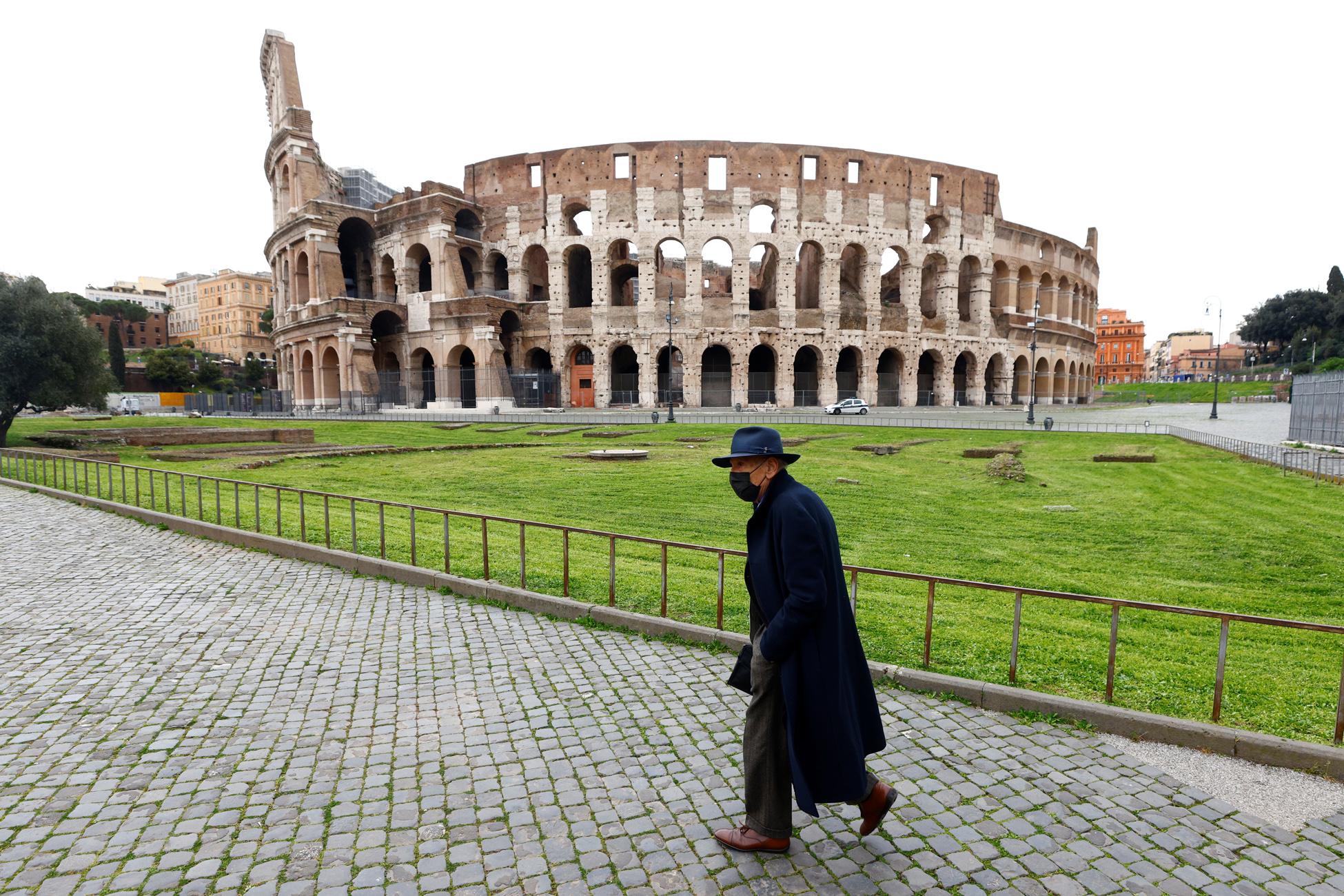 Ιταλία – κορονοϊός: 460 νεκροί και πάνω από 23.600 νέα κρούσματα – Εξετάζεται παράταση των μέτρων