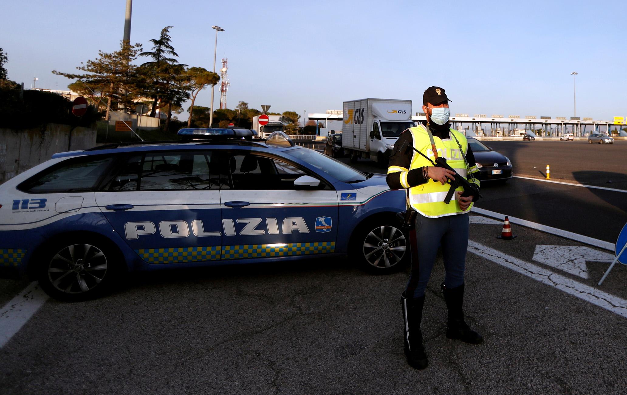 Ιταλία: Χάρη σε μια γιαγιά εξαρθρώθηκε μαφιόζικο δίκτυο διακίνησης ναρκωτικών