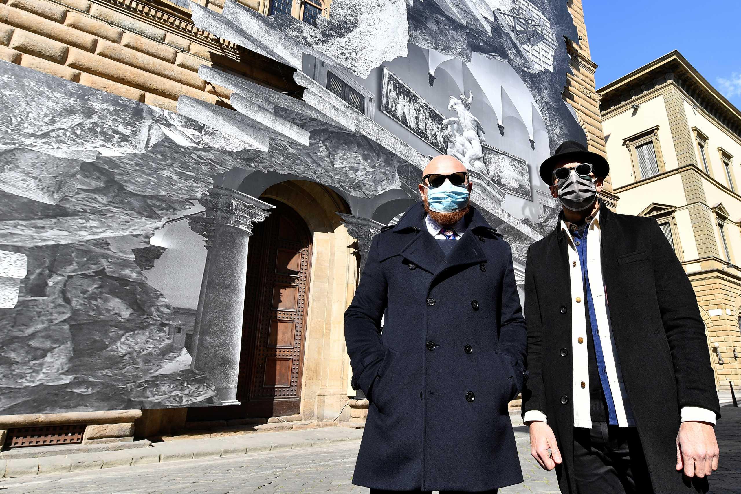 Ένας street artist «ανοίγει» το διάσημο μουσείο της Φλωρεντίας, Palazzo Strozzi