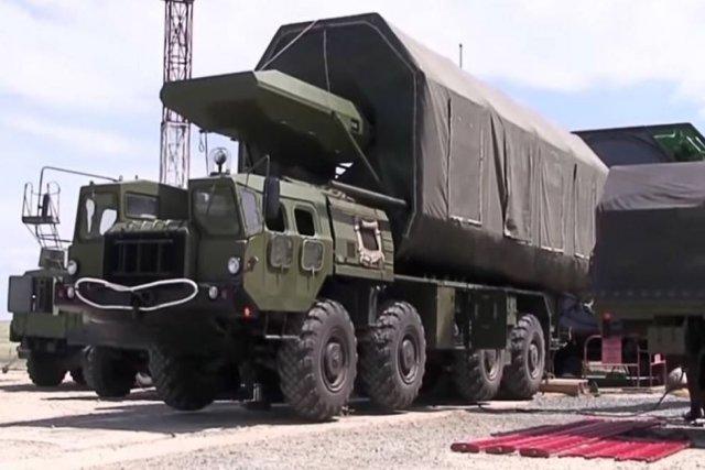 """Θέλει να το """"πατήσει"""" ο Πούτιν: Η Ρωσία αναπτύσσει στρατηγικούς πυραύλους νέας γενιάς!"""