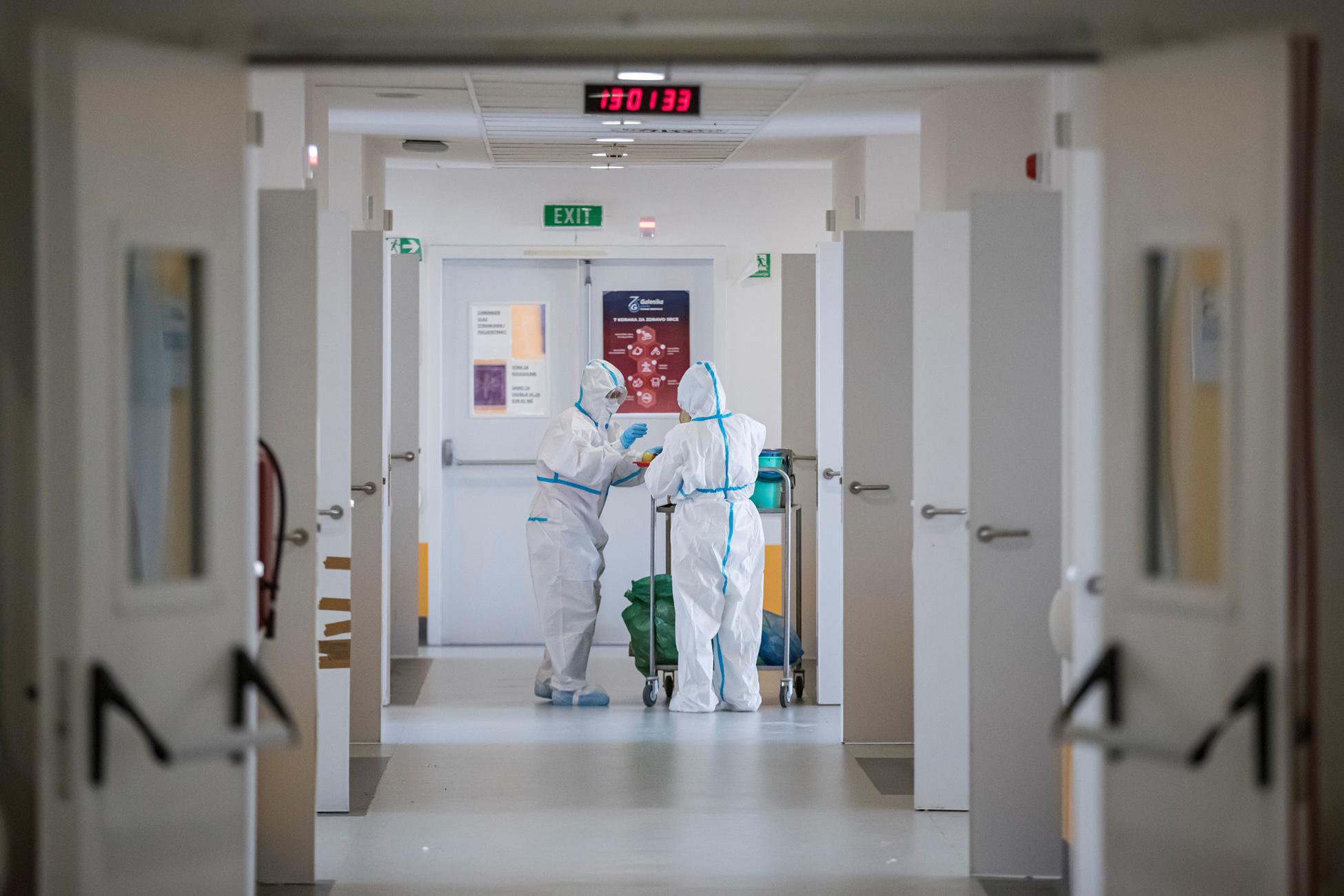 Σουηδία – κορονοϊός: Αυξάνονται οι νοσηλείες στις ΜΕΘ