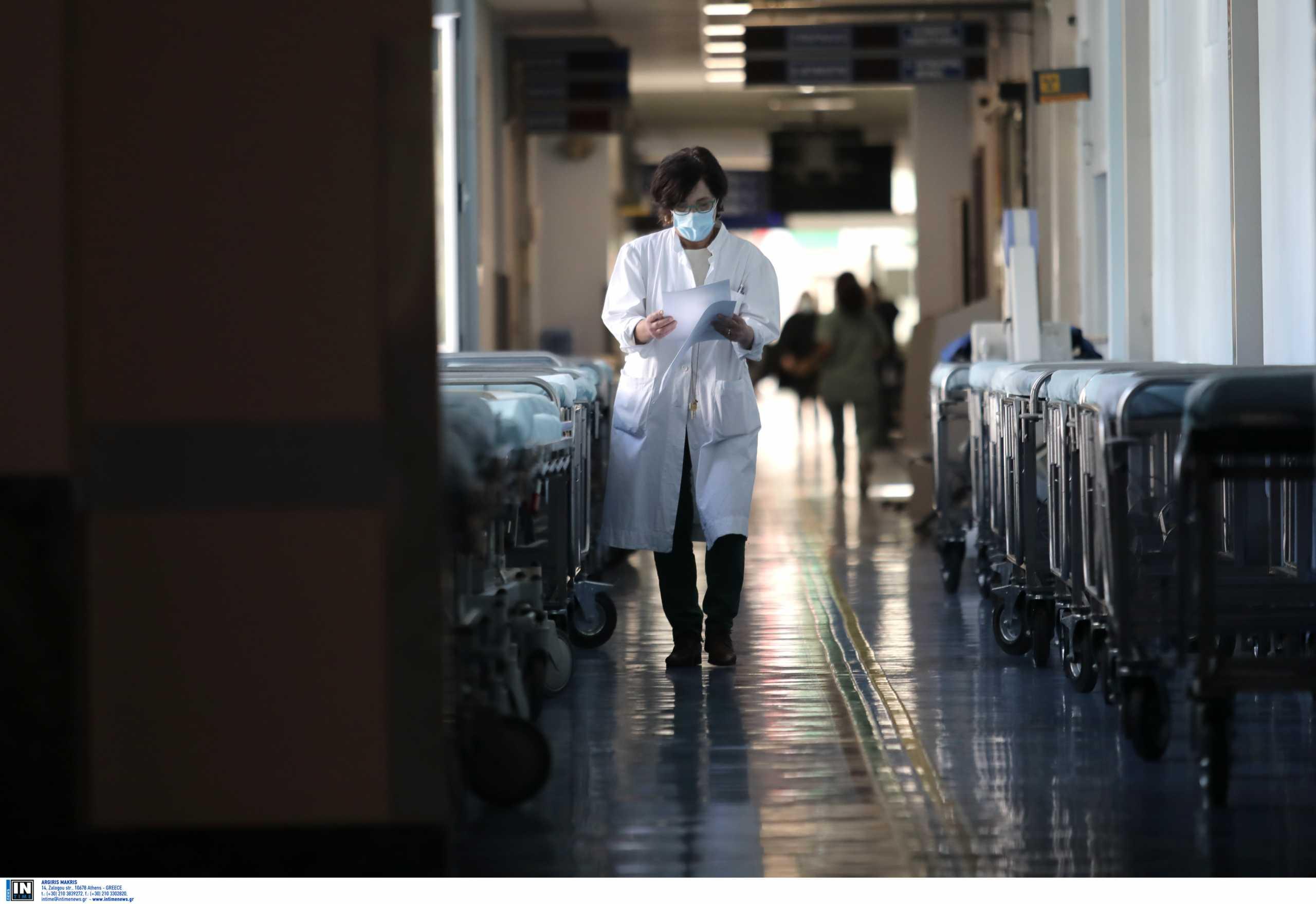 Κορονοϊός: Δραματικές προβλέψεις των ειδικών για τον επόμενο μήνα – Εκτοξεύονται νεκροί και διασωληνωμένοι