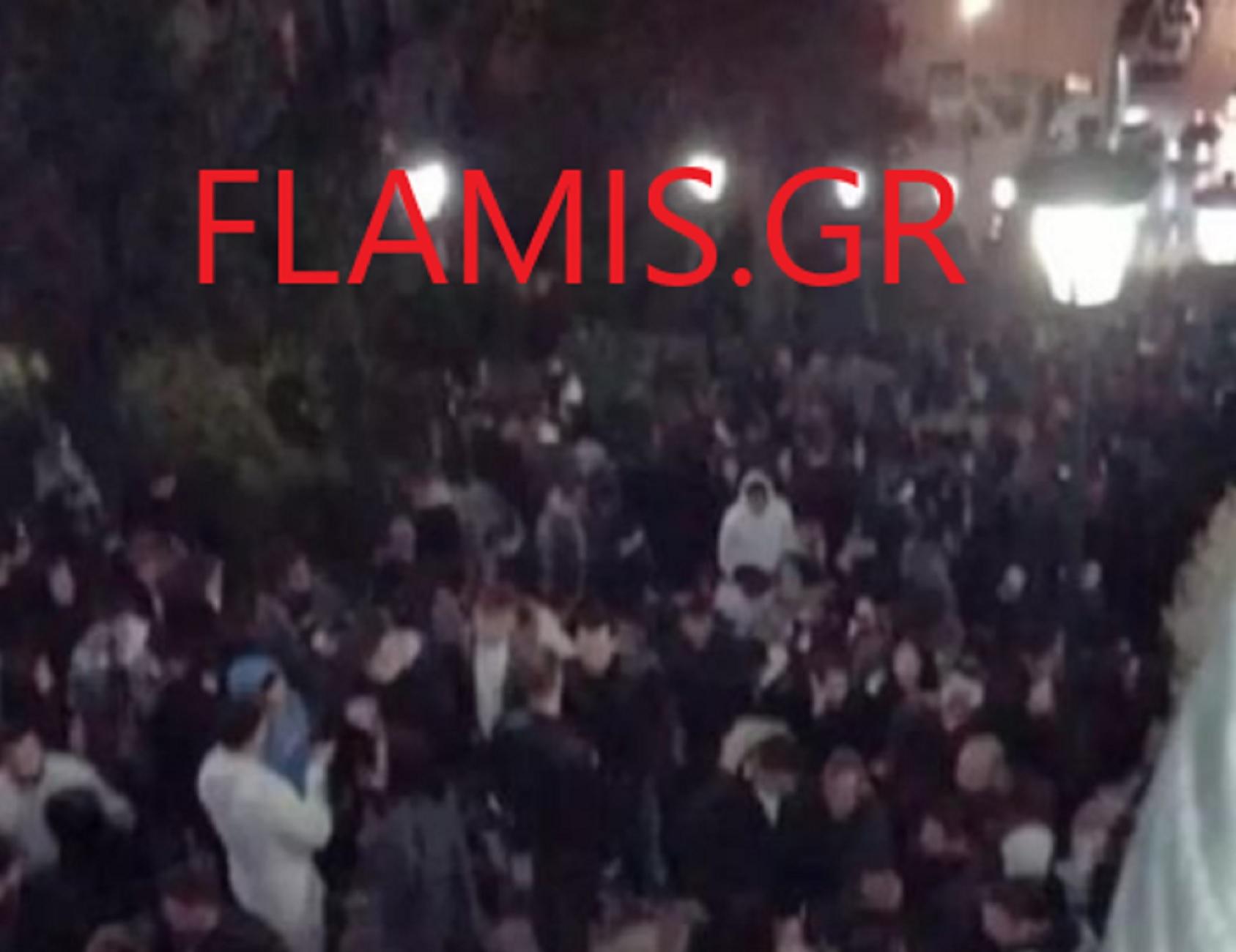Πάτρα: Κορονοπάρτι με εκατοντάδες άτομα άναψε φωτιές – Ξεσηκωμός εμπόρων για αυτές τις εικόνες (pics)