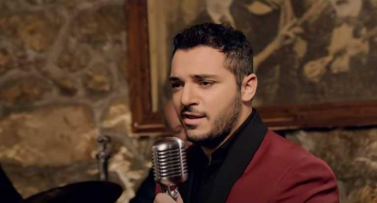 Κώστας Δόξας: Τι λέει ο δικηγόρος του για την αποχώρηση του τραγουδιστή από το YFSF (vid)